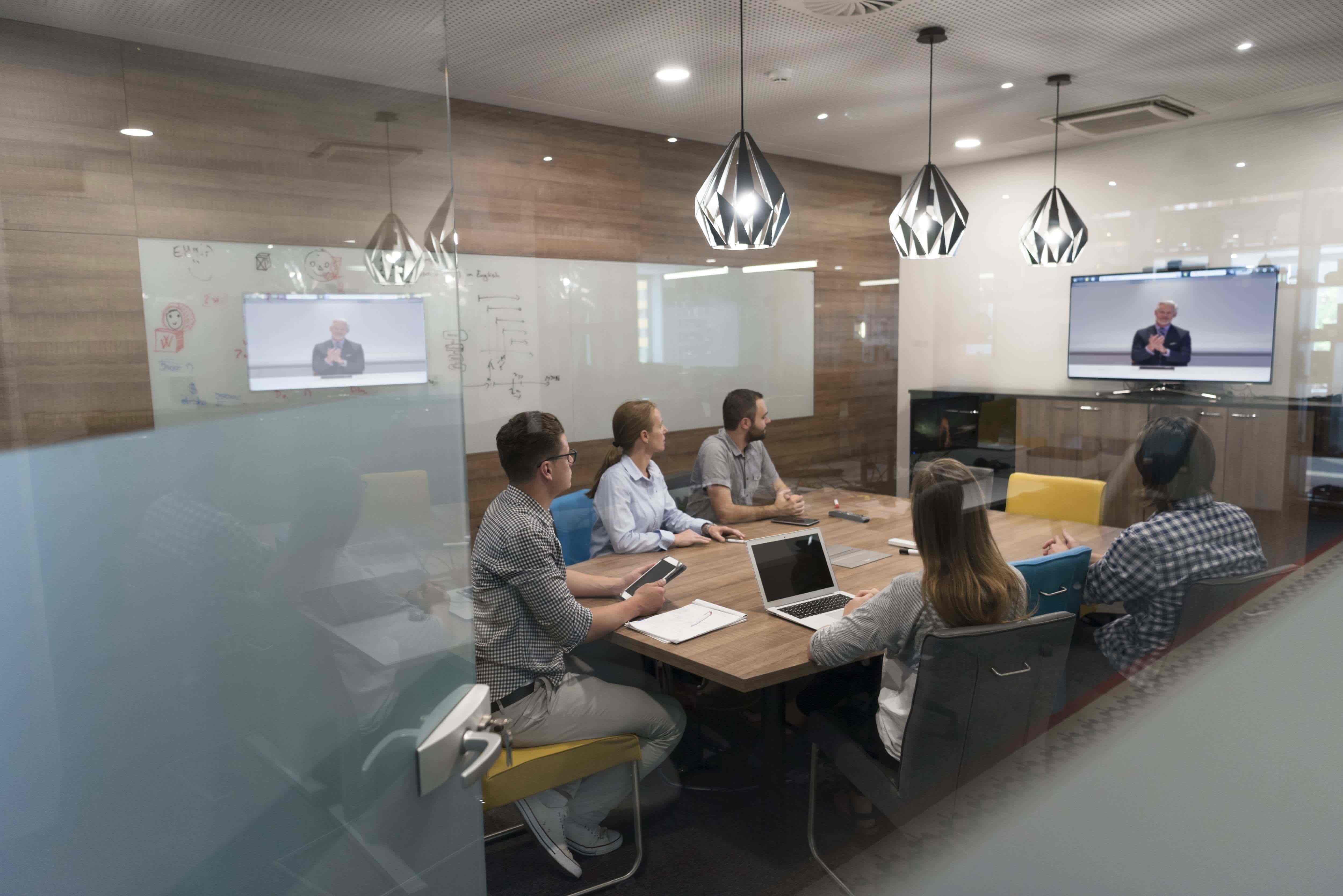 Inciper - Boardroom meeting-min-1